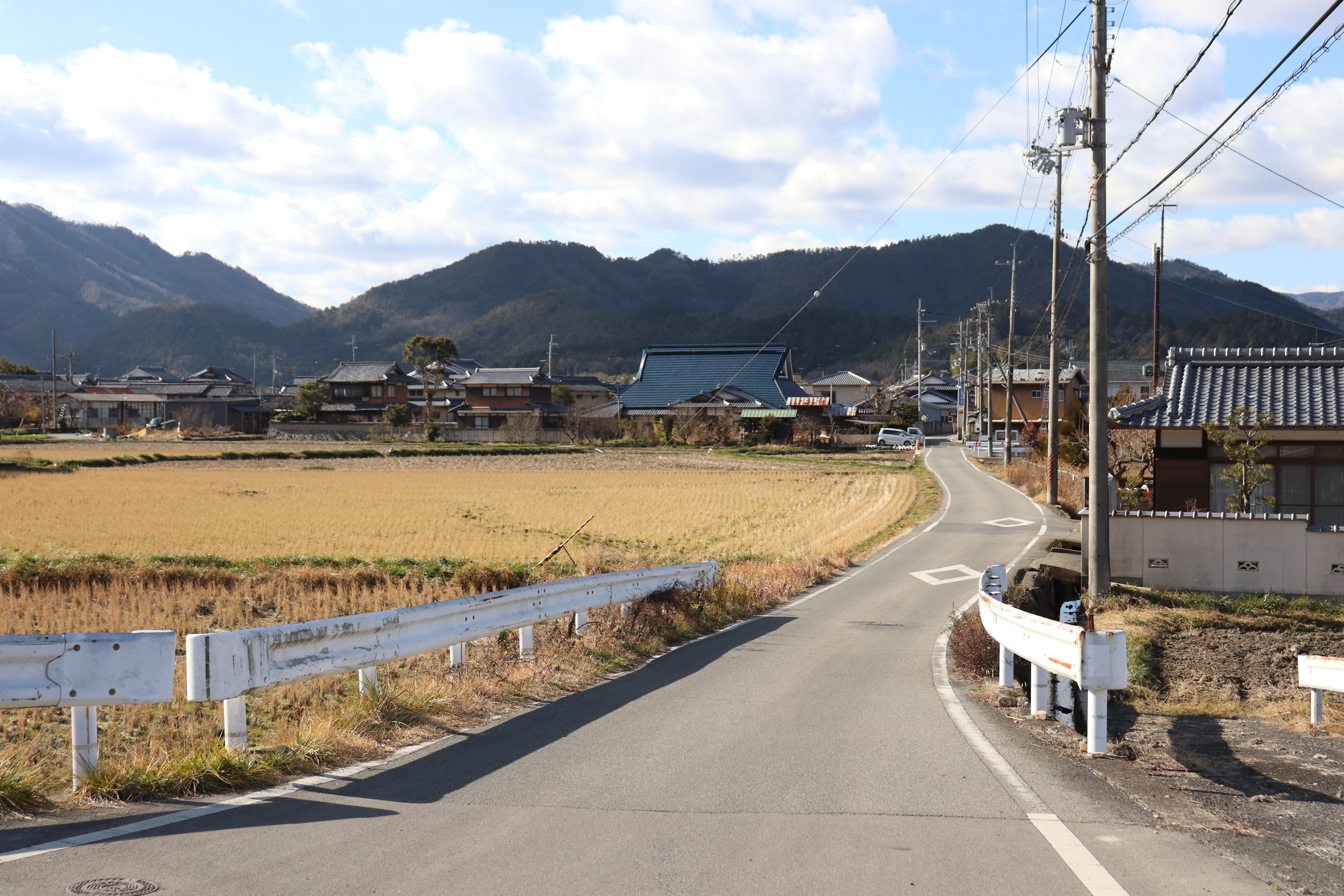 Road leading to Anao-ji Temple from the Anao-guchi bus stop