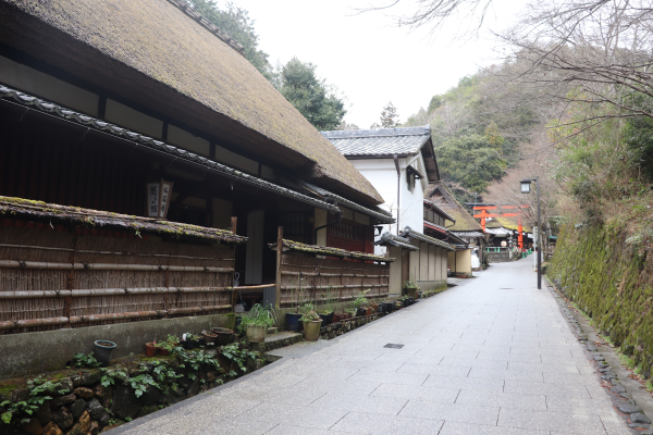 traditional Japanese houses in Sagatoriimoto on the Nishiyama Course