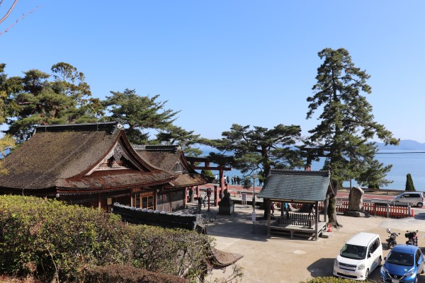Shrine grounds of Shirahige Shrine and Lake Biwa
